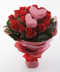 12 adet kırmızı gül ve 2 adet kalp çubuk  Ankara çiçekçi mağazası