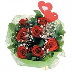 Ankara hediye sevgilime hediye çiçek  7 adet kırmızı gül ve 2 adet kalp çubuk