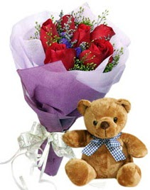 7 adet kırmızı gül 15 cm boyutlarında ayıcık  Ankara çiçek servisi , çiçekçi adresleri