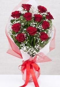 11 kırmızı gülden buket çiçeği  Ankara çiçekçi mağazası