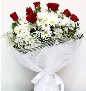 9 adet kırmızı gül ve papatyalar buketi  Ankara çiçek servisi , çiçekçi adresleri