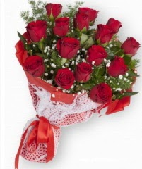 11 adet kırmızı gül buketi  Ankara yurtiçi ve yurtdışı çiçek siparişi