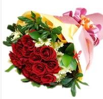 12 adet kırmızı gül ve papatyalar  Ankara çiçek siparişi sitesi