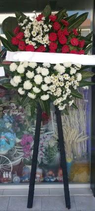 Cenaze çiçeği cenaze çiçek modelleri  Ankara anneler günü çiçek yolla