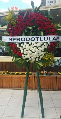 Cenaze çelengi cenazeye çiçek modeli  Ankara çiçek , çiçekçi , çiçekçilik