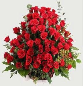 Kız isteme söz nişan çiçek sepeti 101 gül  Ankara İnternetten çiçek siparişi