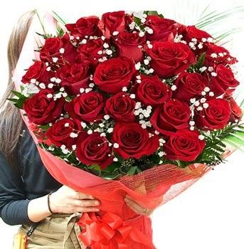 Kız isteme çiçeği buketi 33 adet kırmızı gül  Ankara İnternetten çiçek siparişi