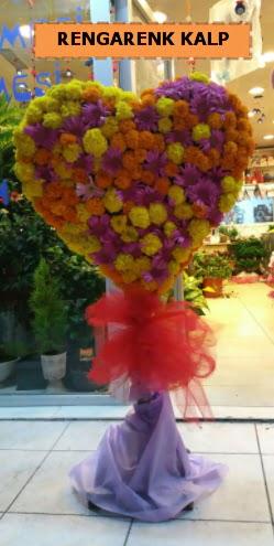 Ankara mevsim çiçeklerinden kalp perförje  Ankaraya çiçek yolla
