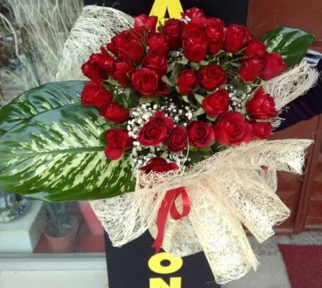 41 adet kırmızı gül Kız isteme çiçeği buketi  Ankaraya çiçek yolla