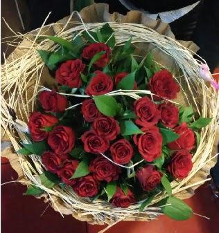 Kuş yuvalı kız isteme buketi 21 adet gül  Ankara çiçek servisi , çiçekçi adresleri