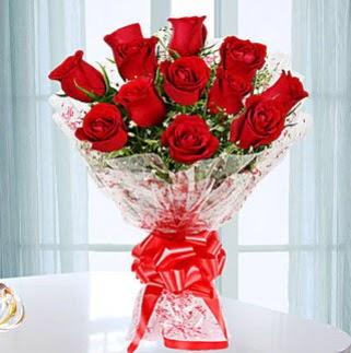 11 adet kırmızı gülden görsel şık buket  Ankara çiçek satışı