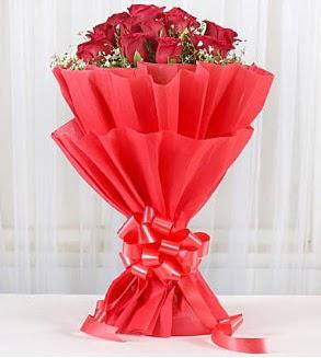 12 adet kırmızı gül buketi  Ankara hediye çiçek yolla