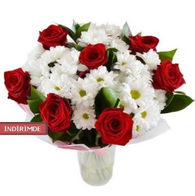 7 kırmızı gül ve 1 demet krizantem  Ankara İnternetten çiçek siparişi