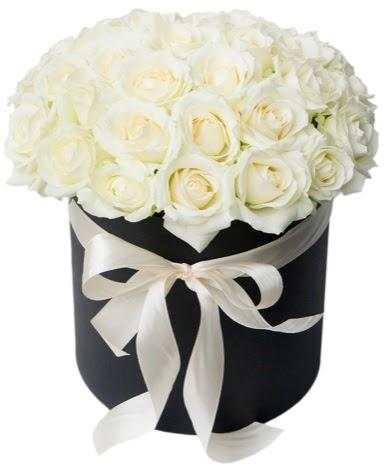 41 adet özel kutuda beyaz gül  Ankara çiçek , çiçekçi , çiçekçilik  süper görüntü