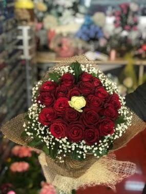 21 adet gül söz nişan çiçeği  Ankara İnternetten çiçek siparişi