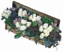 Ankara çiçek servisi , çiçekçi adresleri  13 adet beyaz sandikta gül